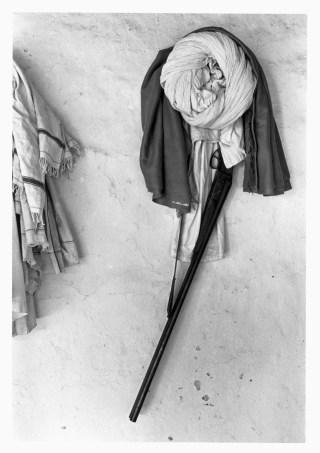 "Bhupendra Karia, ""Turban and Gun,"" (Bhavnagar, 1969) (courtesy sepiaEYE)"