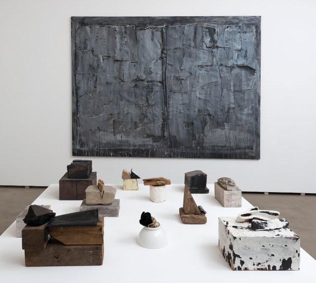 Installation view, 'Luisa Gardini | 1965–2015' (2016) at Federica Schiavo Gallery (photo by Giorgio Benni, courtesy Federica Schiavo Gallery, Rome)