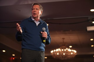 John Kasich speaking in Nashua, New Hampshire, on January 21, 2016 (photo by Gage Skidmore/Flickr)