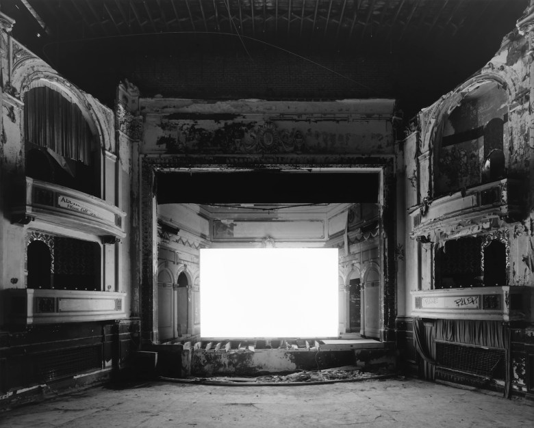 everett-square-theater-boston-2015
