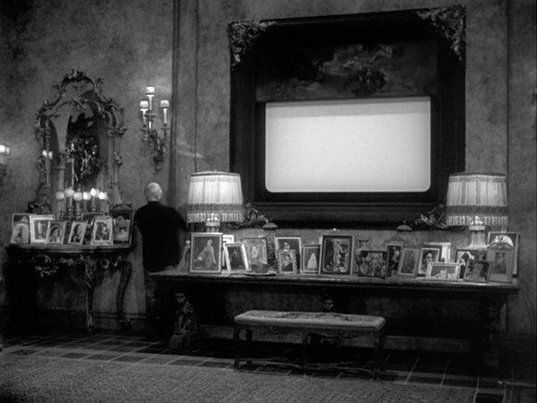 """Sunset Boulevard"" still from Jessica Diamond: Film Show (via teamgal.com)"