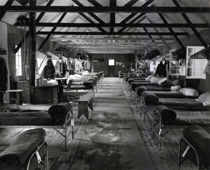 Bunkroom at the Tuna Canyon Detention Station (Courtesy of the Merrill H. Scott family, via janm.org)