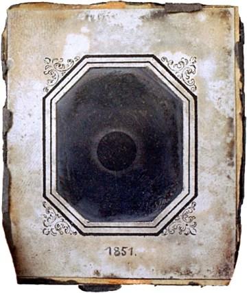 Johann Julius Friedrich Berkowski's eclipse daguerreotype (July 28, 1851) (via Wikimedia)