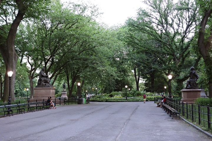 The Central Park Literary Walk (photo by the author for Hyperallergic)