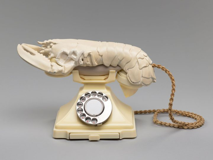 """Salvador Dalí """"Lobster Telephone"""" (1938), painted plaster and Bakelite telephone, 21.3 x 31 x 17cm (image courtesy the National Galleries of Scotland, purchased by the Henry and Sula Walton Fund, with assistance from the Art Fund, 2018)"""