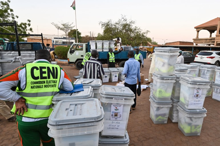 Niger prepares to hold presidential run off vote on Sunday