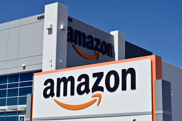 amazon web services outage takes a portion of the internet down with it hyperedge embed image