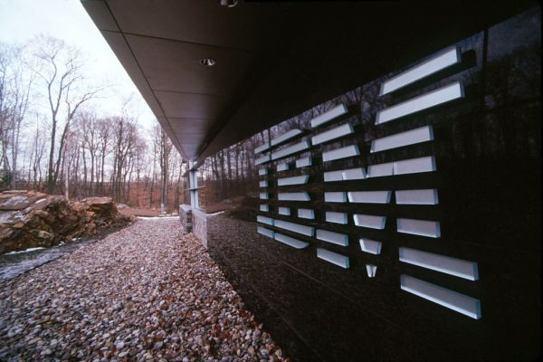 as ibm shifts to hybrid cloud reports have them laying off 10000 in eu hyperedge embed image