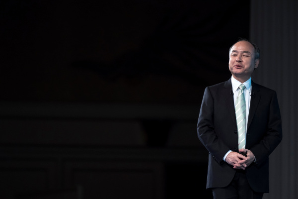 softbank and the late stage venture capital j curve hyperedge embed image