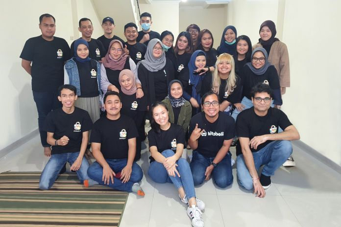 Indonesian social commerce app KitaBeli's team, including