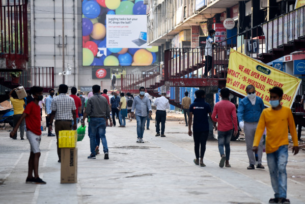 tiger global in talks to invest in young indian social network at 170m valuation hyperedge embed