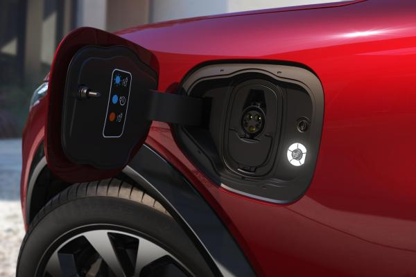 fords 30b investment in electric revs up in house battery rd hyperedge embed image