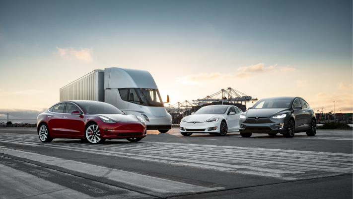 the executive in charge of the tesla semi has left the company hyperedge embed