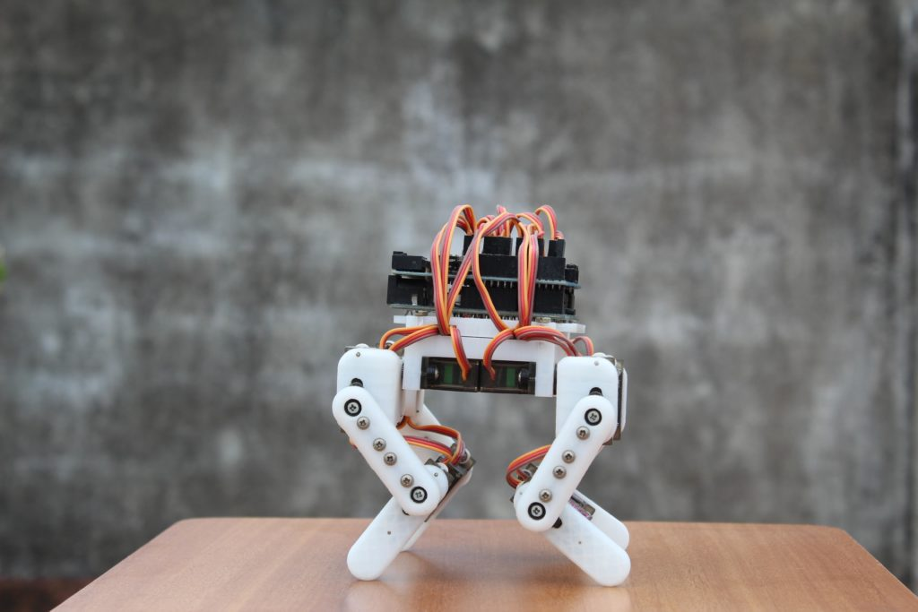 an arduino powered micro quadruped that fits in the palm of your hand 1 hyperedge embed image