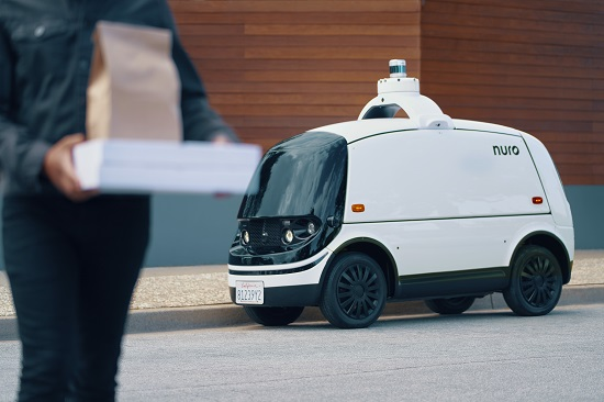 last mile delivery robots making a comeback after initial bans hyperedge embed