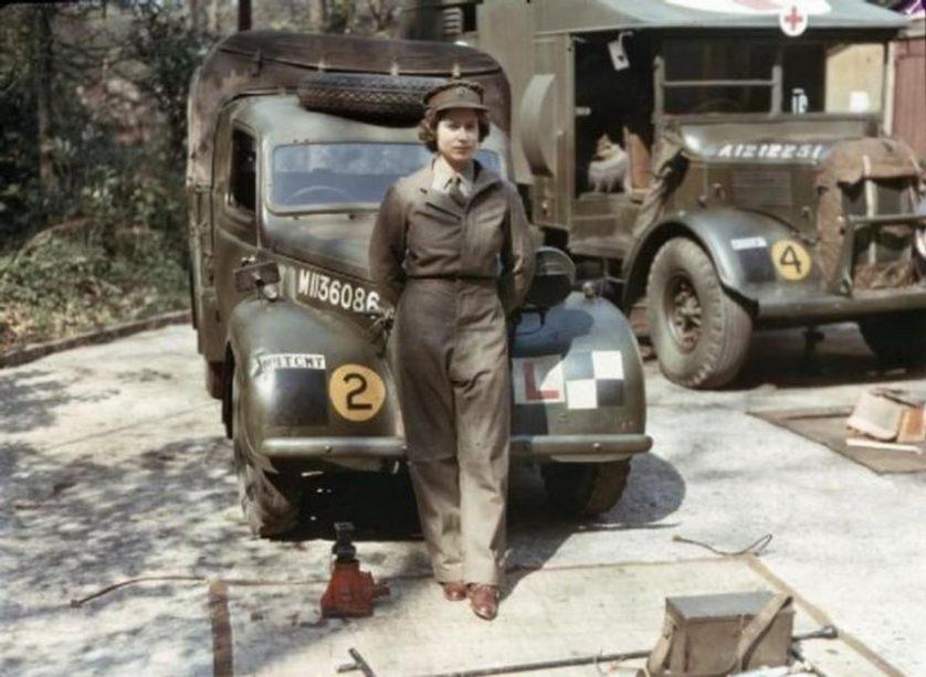 Esta é a Rainha Elizabeth durante o seu serviço na Segunda Guerra Mundial