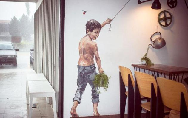 street-art-interacts-with-nature-29