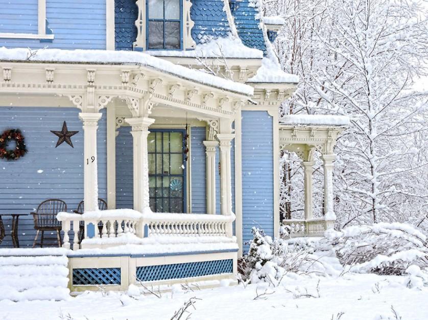 casas-solitarias-cobertas-de-neve-13