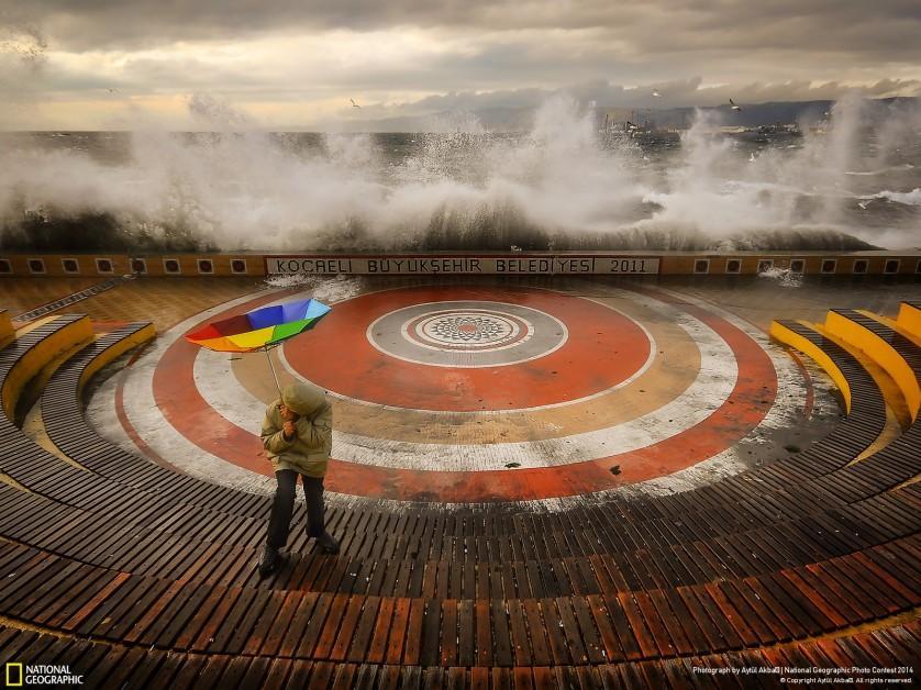 Tempestade na Turquia deu menção honrosa a Aytül Akbas