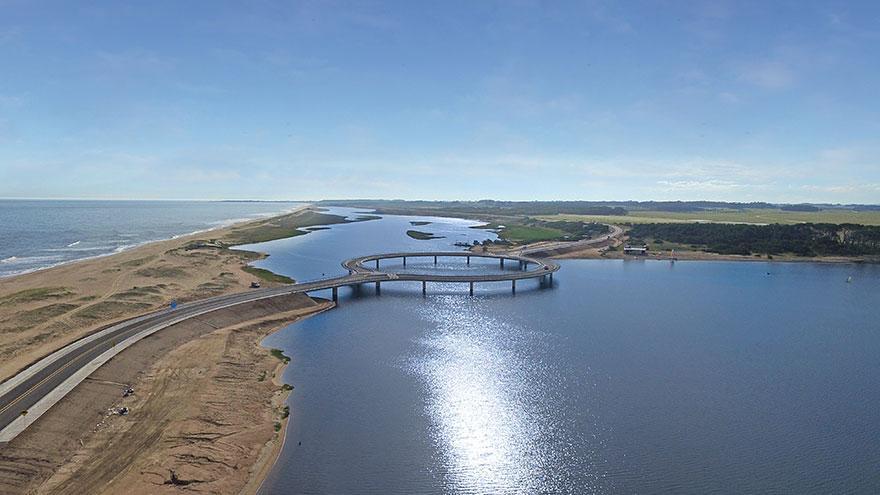 https://i1.wp.com/hypescience.com/wp-content/uploads/2016/01/ponte-circular-uruguai-2.jpg