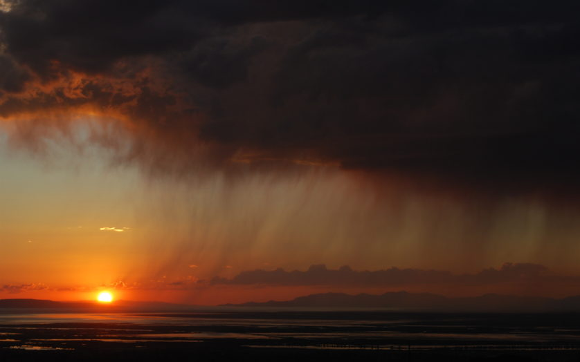 Virga sobre o Great Salt Lake, Utah. Foto: Ray Boren