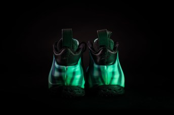 Nike-Air-Foamposite-One-Northern-Lights-11
