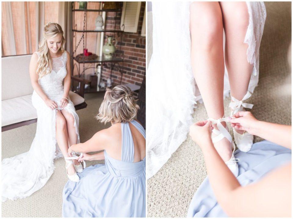 charming dodgins barn wedding by hypimages