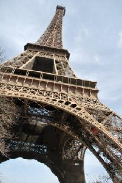 Slam - Sous les jupes de Paris par Phoenix pour Hypnose Erotique Paris Hypnose Erotique à Bourg-La-Reine (92)