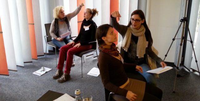 hypnose übung seminarraum