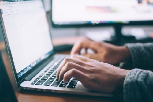 laptop tippen online