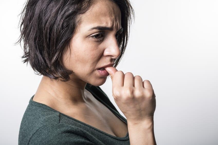 Avis : L'hypnose pour arrêter de se ronger les ongles