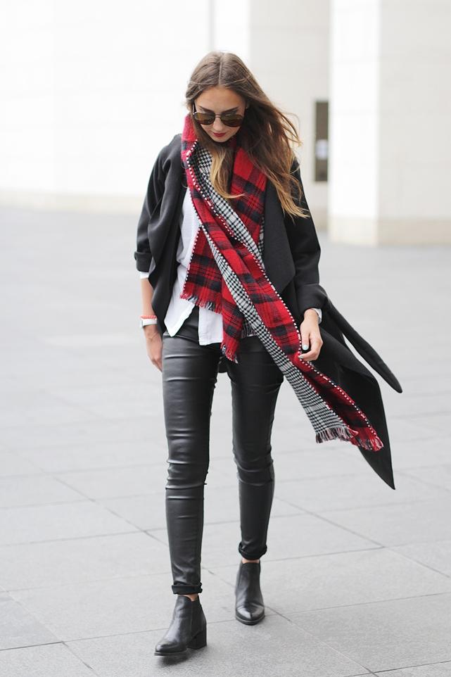 Black Coat Outfit Blog 3