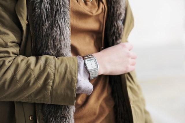 Casio Uhr auf dem deutschen Modeblog. German-Fashion-Blog. Silberne Casio Uhr.