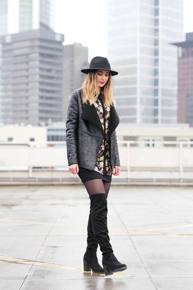 Overknees Outfit von Modebloggerin Helena aus Frankfurt