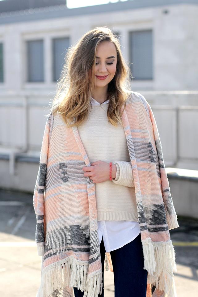 Deutscher-Modeblog-German-Fashion-Blog-Outfit-Azteken-Cardigan-Pastell-8