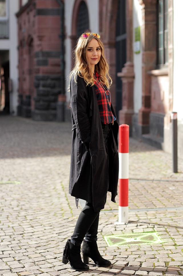 Modeblog Deutschland/ German Fashion Blog zeigt Frühlingsoutfit.