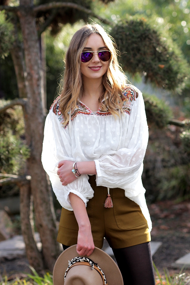 Deutscher-Modeblog-German-Fashion-Blog-Outfit-Boho-Look-Bluse-Shorts-6