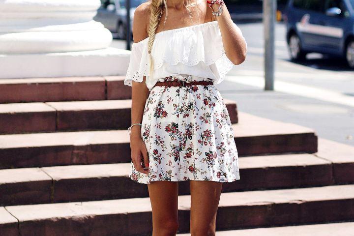 Auf ihrem Modeblog zeigt Bloggerin Laura ein sommerliches Outit.
