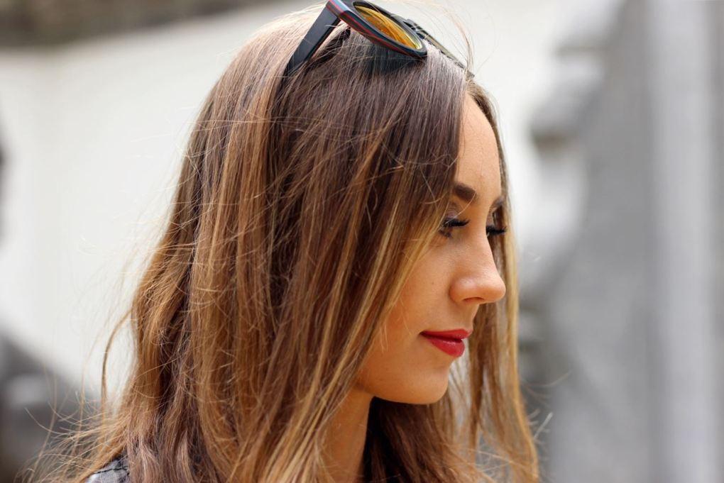 Modeblog-German-Fashion-Blog-Outfit-Lederjacle-Jeans-Sandalen-11