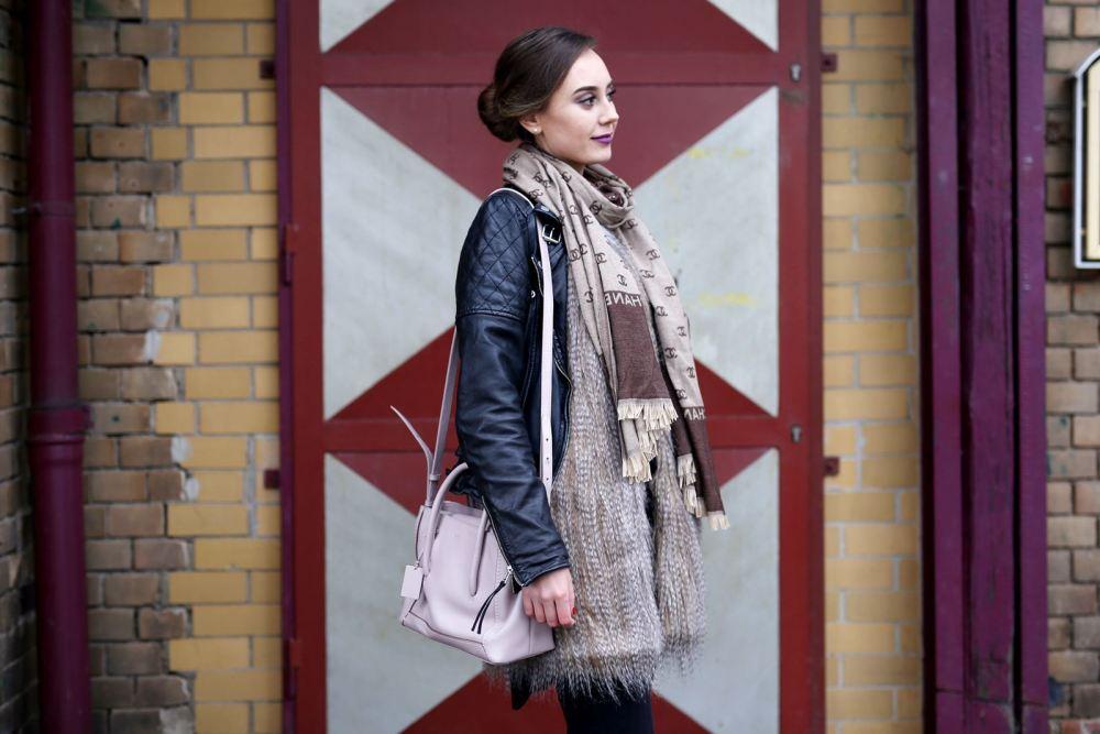 modeblog-german-fashion-blog-outfit-lederjacke-fake-fur-weste-7