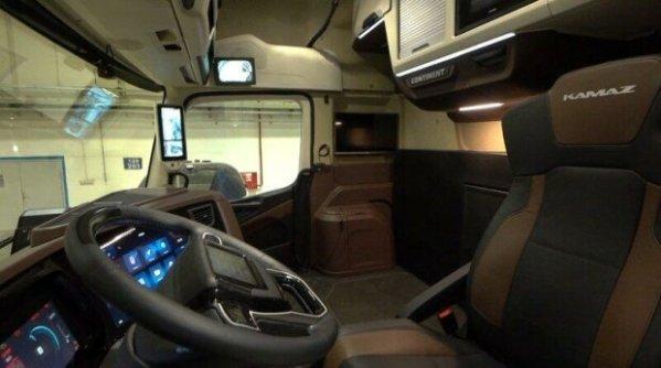 В сети показали кабину нового КамАЗа для дальнобойщиков: Фото
