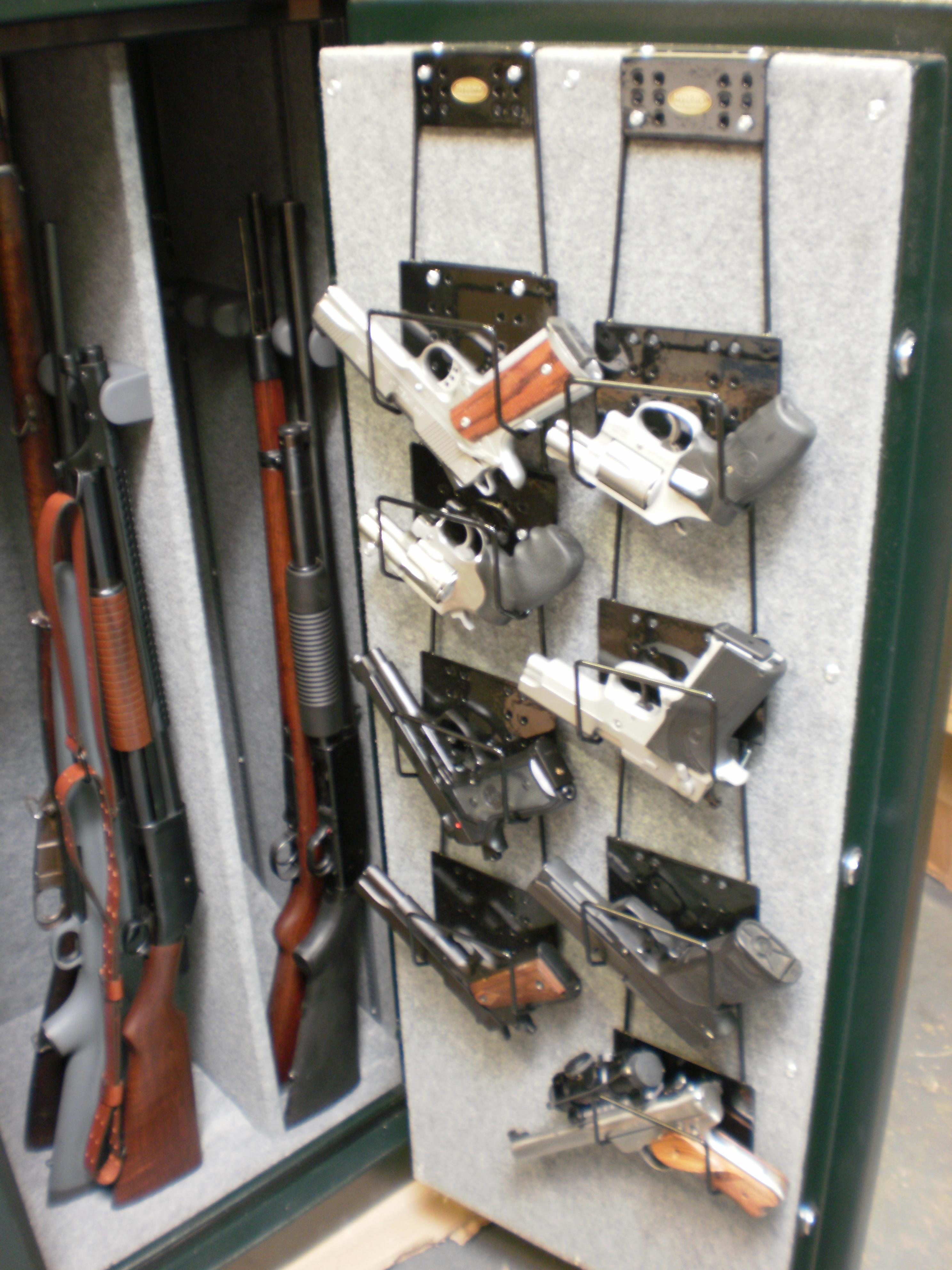 30078 universal gun rack system