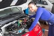 Jak wybrać odpowiednie części do samochodu?