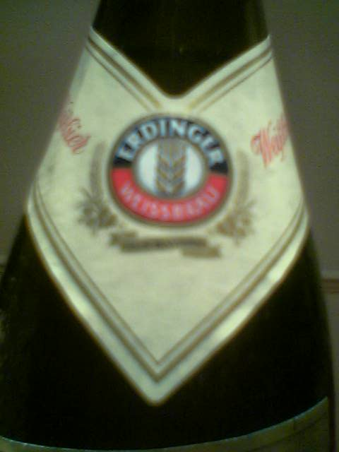 Erdinger Weisbier neck label