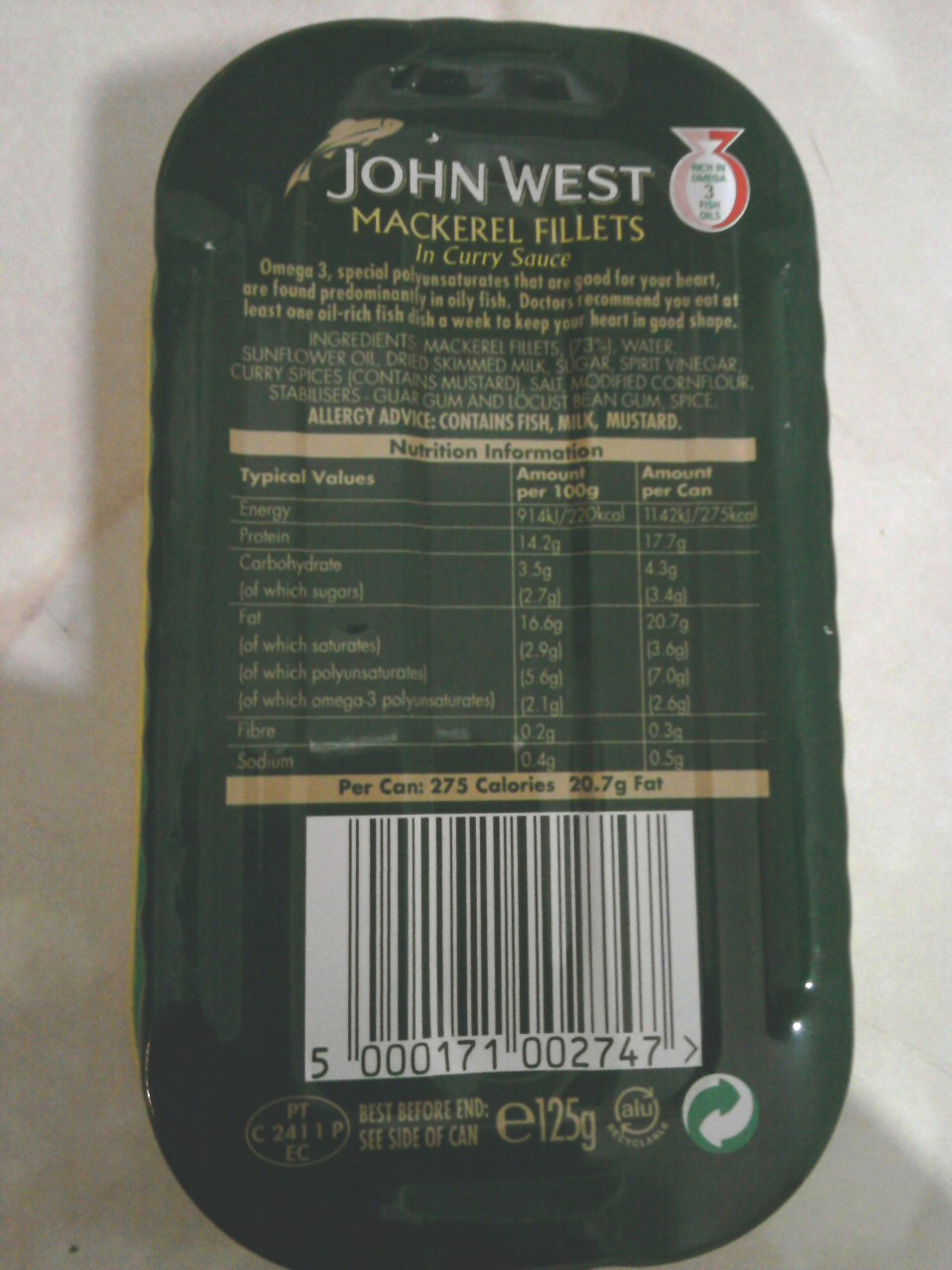 John West Mackerel Fillets In Curry Sauce back of tin