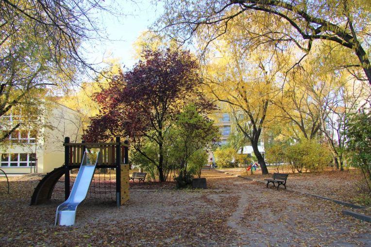 autumn berlin mitte