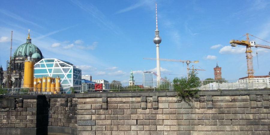 berlin and cranes