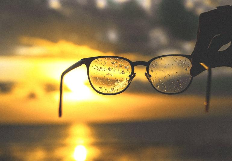 cureti ochelarii