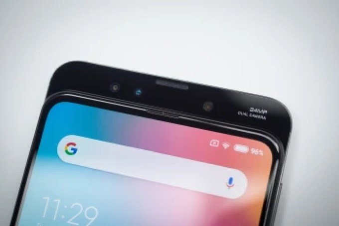 """Best """"affordable flagship"""" phones in 2019"""