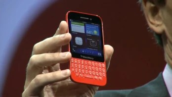 The BlackBerry Q5 is announced